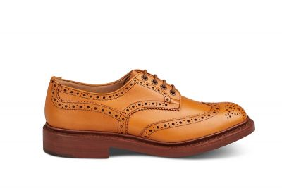 Tricker's Bourton Shoe in Acorn Antique | Men's Handmade Leather Wingtip Shoe