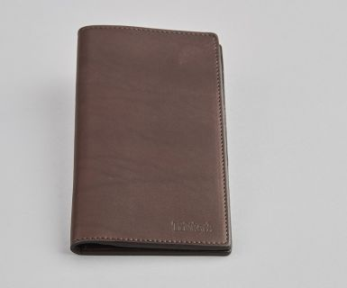 Darwin - Leather Coat Wallet